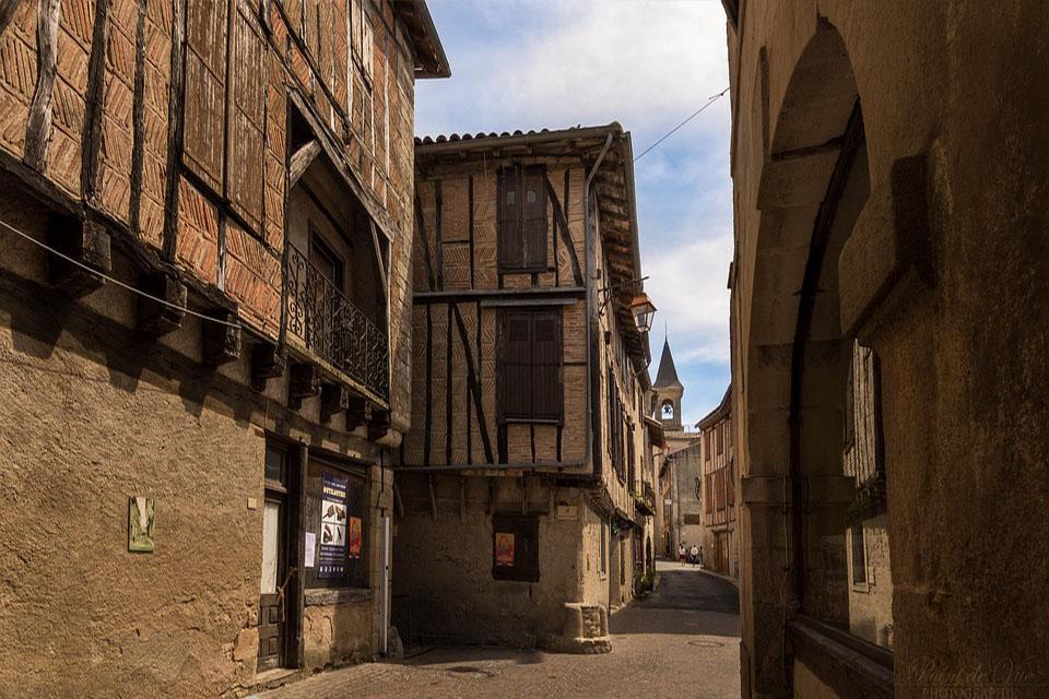maison ville medieval tarn