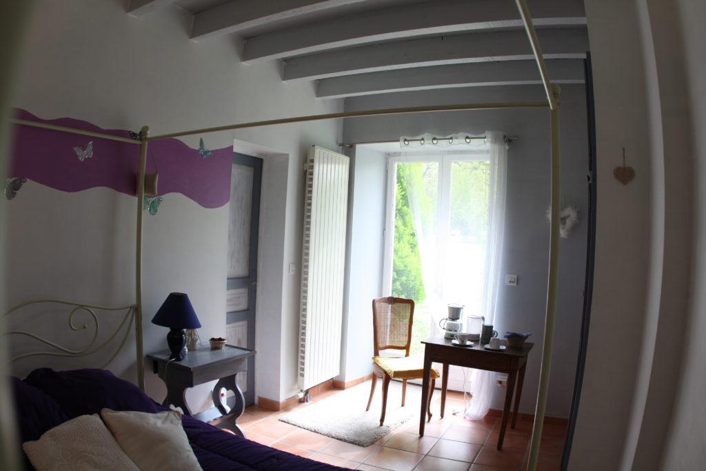 Chambre d 39 hote piscine et spa tarn domaine de miraval - Chambre d hote couleur bois et spa ...
